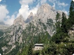 Rifugio alpino Canali-Treviso