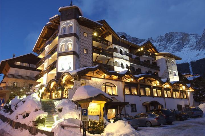 Hotel Letizia A San Martino Di Castrozza